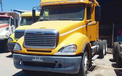 Remate Maq. y Camiones para Minería y Construcción, Camionetas y Eq. Varios